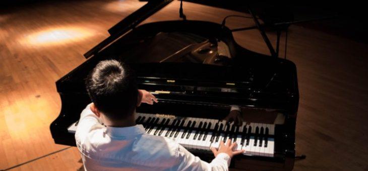 同音連打の短いジャズピアノ・トリオ(10秒以内)~pf17